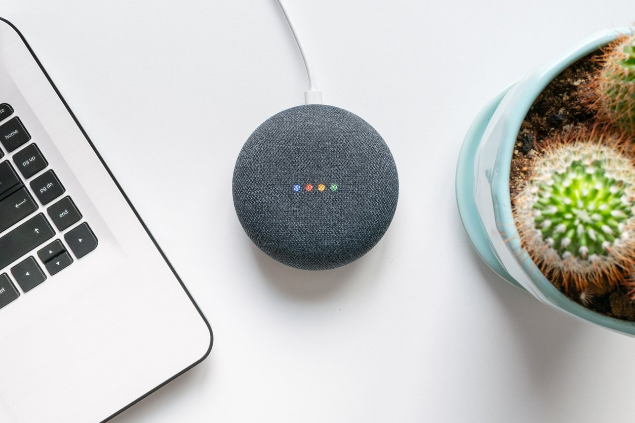 Google-home-mini-smart-speaker-with-built-in-Google-Assistant